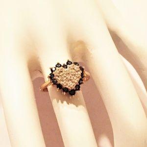 14K YELLOW GOLD SAPPHIRE AND DIAMOND HEART RING